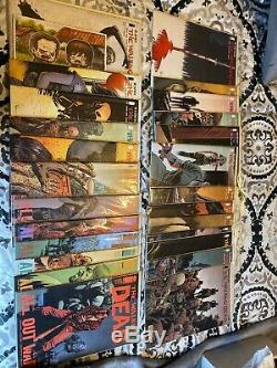 Huge The Walking Dead LOT Issues Too Many Issues To List NM-VF See Pictures