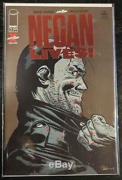 Negan Lives! Ruby Red Foil Variant Skybound Walking Dead Shipped In Toploader