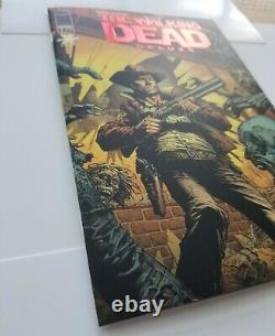 The Walking Dead Deluxe #1 Red Foil Cover Variant Skybound Exclusive