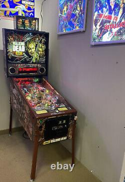 The Walking Dead Limited Edition Pinball Stern Free Shipping 1 of 600 Topper