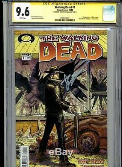 Walking Dead #1 Cgc Signature Series Graded 9.6 2003 Image Robert Kirkman