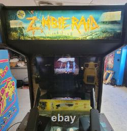 ZOMBIE RAID Full Size Arcade Shooting Game WORKS! Walking Dead Zombie Game