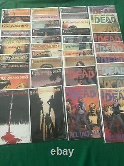 # 62-193 Walking Dead Run Complète + Hebdomadaire, One-shots & More, Tout D'abord Prints