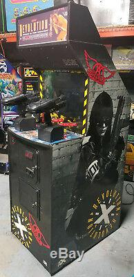 Aerosmith Revolution X Jeu De Tir D'arcade À 2 Personnes (walking Dead) Revx # 2