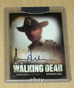 Cryptozoic Walking Dead Saison 2 Carte Autographe Andrew Lincoln Comme Rick Grimes A1
