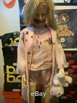 Esprit Halloween Marcher Dead Girl Ours En Peluche Animé Prop Zombie Animatronic