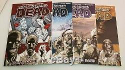 Image Comics The Walking Dead Hc Vol. 1 32 Complete Runkirkman