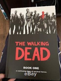 Image Comics The Walking Dead Relié Volumes 1-7 Graphic Novel Book Lot