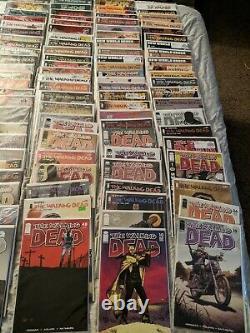 Le Livre The Walking Dead Comic Lot