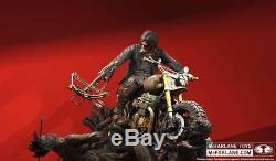 Mcfarlane Marchant Mort Statue De Daryl Dixon Reedus, Zombie, Rick Grimes, Zombie