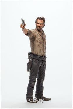 Rick Grimes Sheriff The Walking Dead Tv Série Horreur 25cm Action Figur Mcfarlane