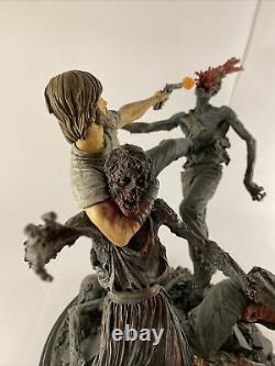 Statue De Rick Grimes, La Mort-vivant De La Marche