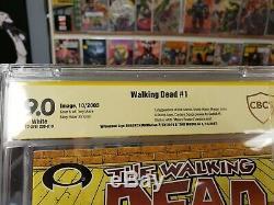 The Walking Dead # 1 Cbcs Signature Series 9.0. Signé Par Kirkman & Moore