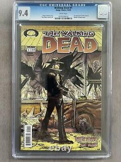 The Walking Dead #1 Cgc 9.4 Black Letters Pages Blanches