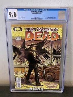 The Walking Dead # 1 Cgc 9.6 Pages Blanches 1er Rick Grimes Robert Kirkman