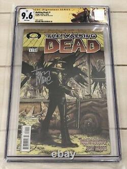 The Walking Dead #1 Cgc Ss 9.6 Signé Tony Moore Custom Label 1er Rick Grimes