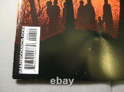 The Walking Dead #6 (image, 2004) Lire La Description