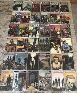 The Walking Dead Beaucoup De Bande Dessinée Run 79100, 109-193 Complete Series + Bonus! 88