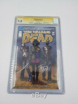 Walking Dead # 19 Cgc 9.8 Signé Robert Kirkman, Tony Moore 1er Michonne