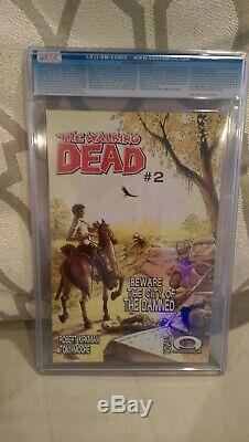 Walking Dead # 1 Cgc Lot De Deux Cgc 9.6 Cgc 9.4 Une Des Lettres Noires