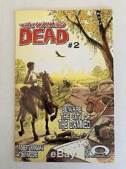 Walking Dead Issue 1 (l'image 2003) 1er Rick Grimes De La Première Impression! Image Kirkman