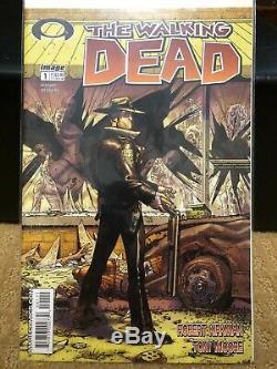 Walking Dead Pleine Course 1 193, Plus Extras. Toutes Les Bandes Dessinées Sont Nm Robert Kirkman