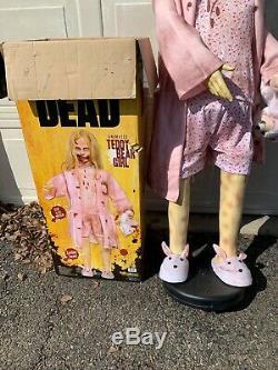 Walking Dead Teddy Bear Fille Life Grand Animatronic Spirit Halloween