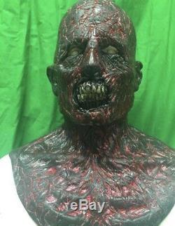 Wfx Walking Dead Burnt Zombie Silicone Masque Noir Lumière Réactive